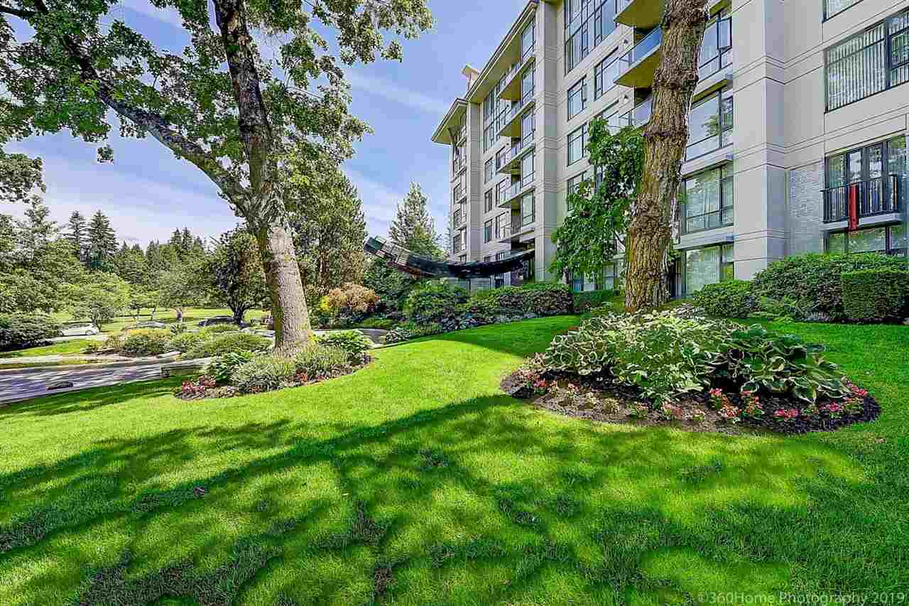 Luxury concrete Living in the prime location in Vancouver West!