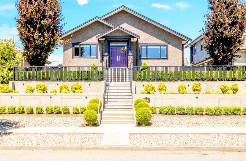 Luxury House completely rebuilt in Brentwood, Burnaby